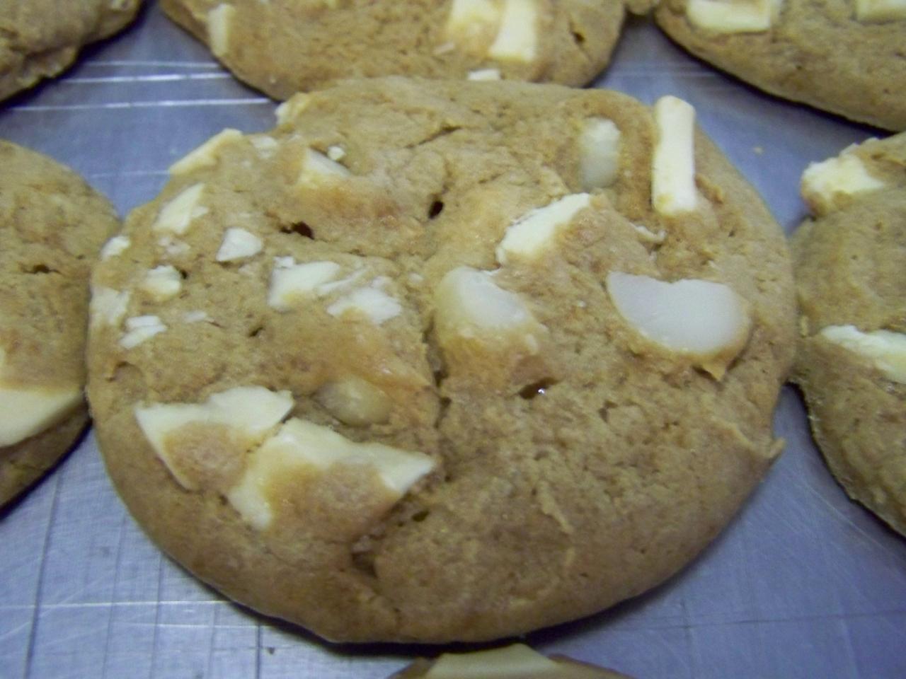 Gourmet Macadamia White Chocolate Chunk Cookies