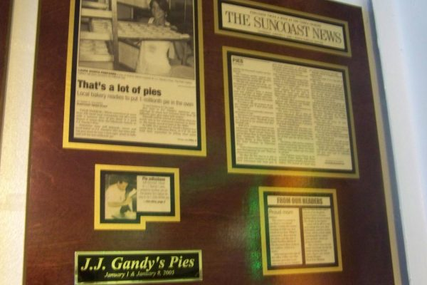 NEWS_Suncoast_News_Thats_a_lot_of_pies!.210144734_large