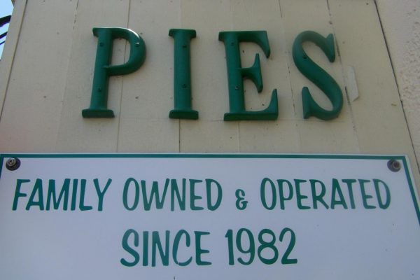 SHOP_Sign_Family_Owned_and_Operated.209123742_large (1)